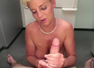 Hot granny sex videos