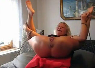 Wife screaming anal